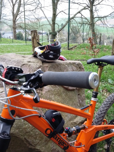 [Olivier] Un nouveau bike sur le forum ! - Page 5 Cintre11
