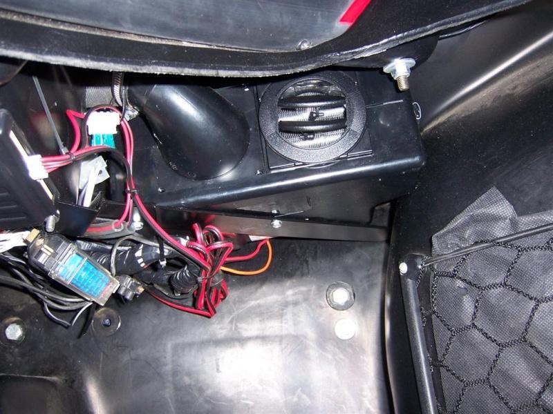 chauffage - montage du nouveau  bloc chauffage SIROCO pour F16 100_2913