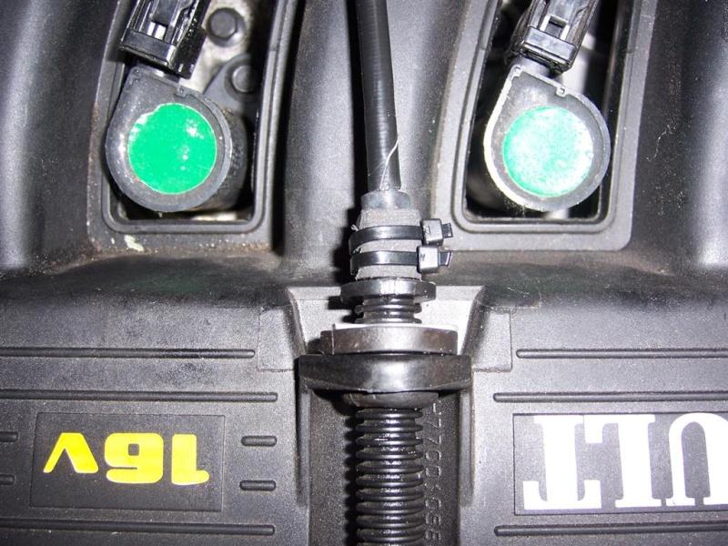 Arrêtoire de gaine cable d'accèlérateur 100_3019