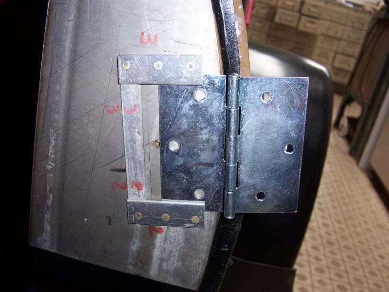 Demies portières basses rigide alu/polystérène (récupération matière ) 100_3627
