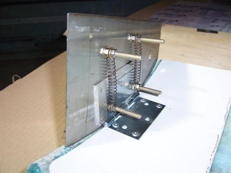 Demies portières basses rigide alu/polystérène (récupération matière ) 100_3630
