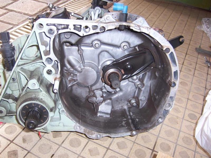 DEPOSE BOITE DE VITESSE JH3 F16 sur moteur à terre 100_4321