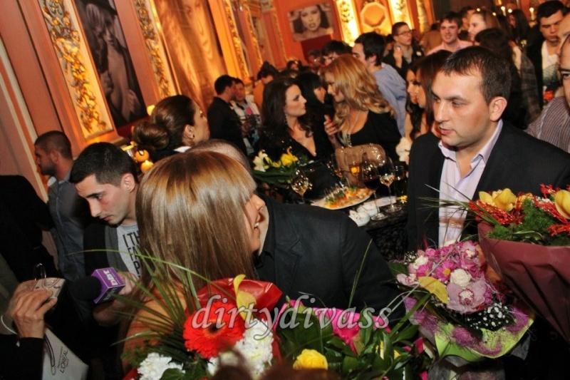 ЛОША - 2012 - Page 2 40028610