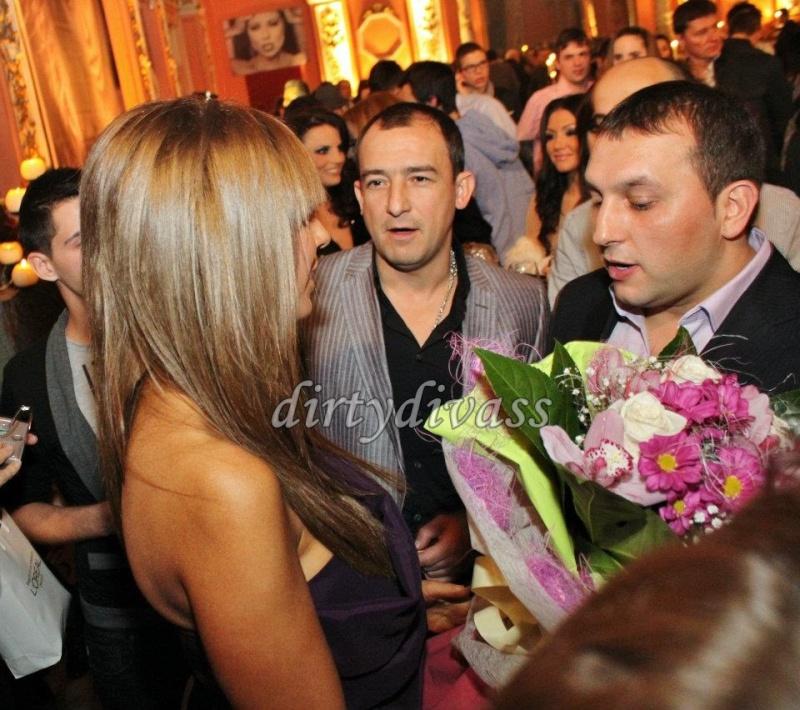 ЛОША - 2012 - Page 2 40227910