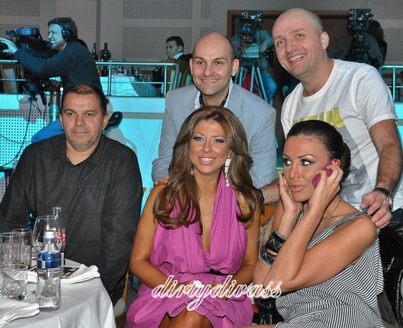 Фотогалерия на Андреа 3 - Page 2 40250510