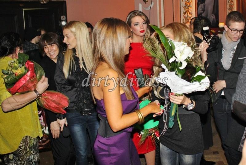 ЛОША - 2012 - Page 2 40750510