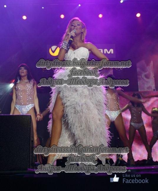 Годишни музикални награди на телевизия Планета за 2011 - Page 2 41824010