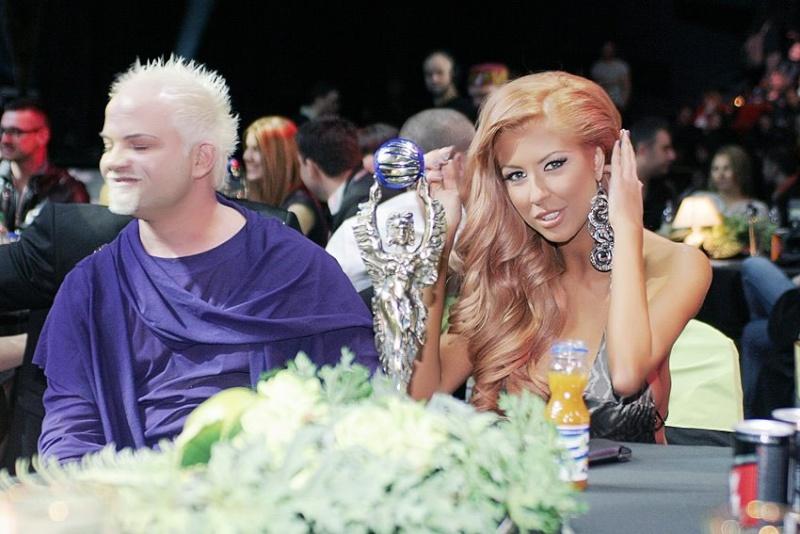 Годишни музикални награди на телевизия Планета за 2011 42171310