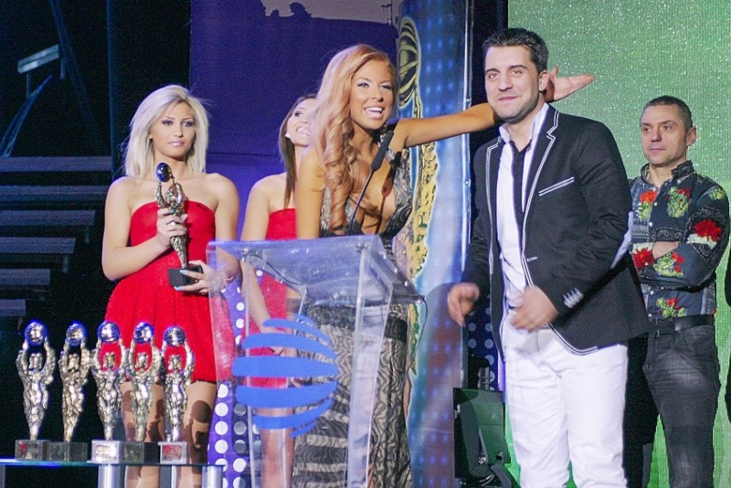 Годишни музикални награди на телевизия Планета за 2011 42586510