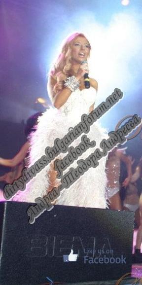 Годишни музикални награди на телевизия Планета за 2011 - Page 2 65730_10