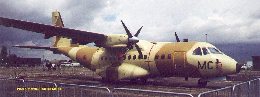 FRA: Photos d'avions de transport - Page 12 Cn235_10