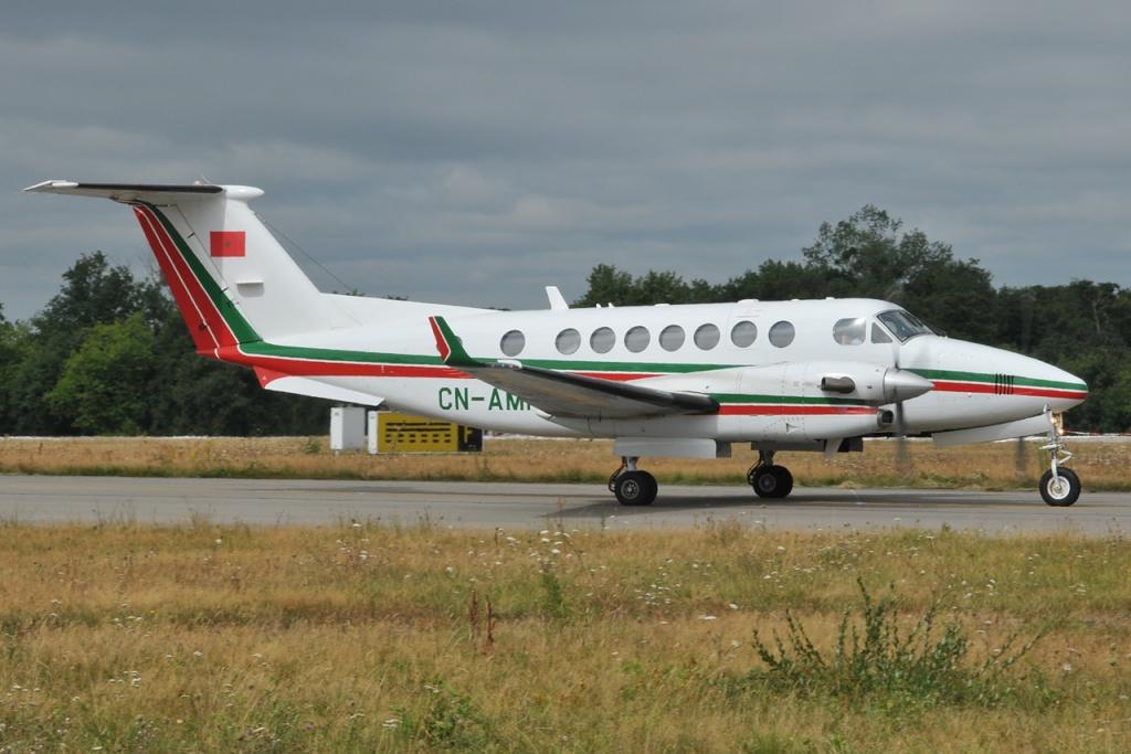 FRA: Photos d'avions de transport - Page 11 Dsc65310