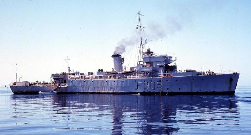 M/F 905 De Moor (ex HMS Rosario) - Page 3 905tb_10
