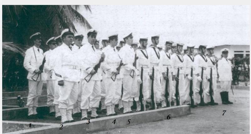 Fusiliers marins ou infanterie de marine ? - Page 3 Landin11
