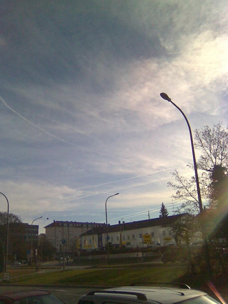 Himmel heute (01.12.11) in München Bild0011