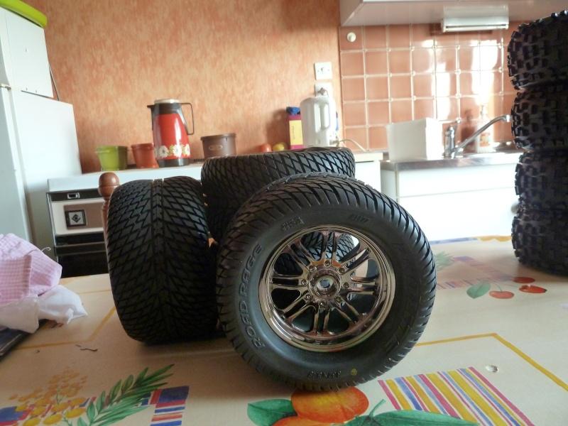 Recensement jantes et pneus monster trucks. P1020014