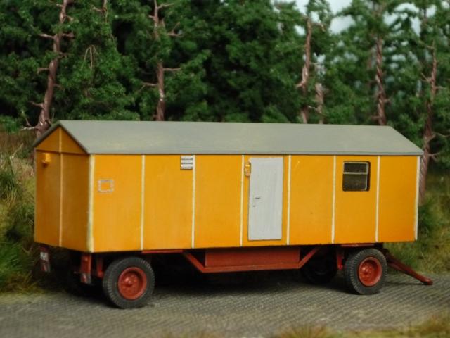 Baustellenanhänger Typ 7 mit Wasch- und Duscheinrichtung Bauwag12