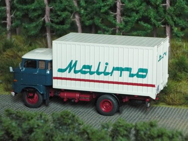 W50L/MK mit Möbelkofferanhänger HL72.80 W50-0211