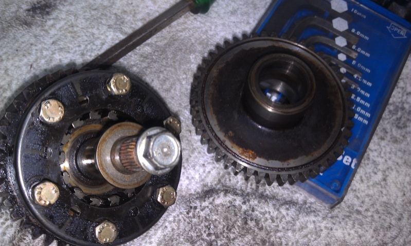 Sprag Clutch & Cleaning the Sprag clutch and bearing replacement. 4_resi10