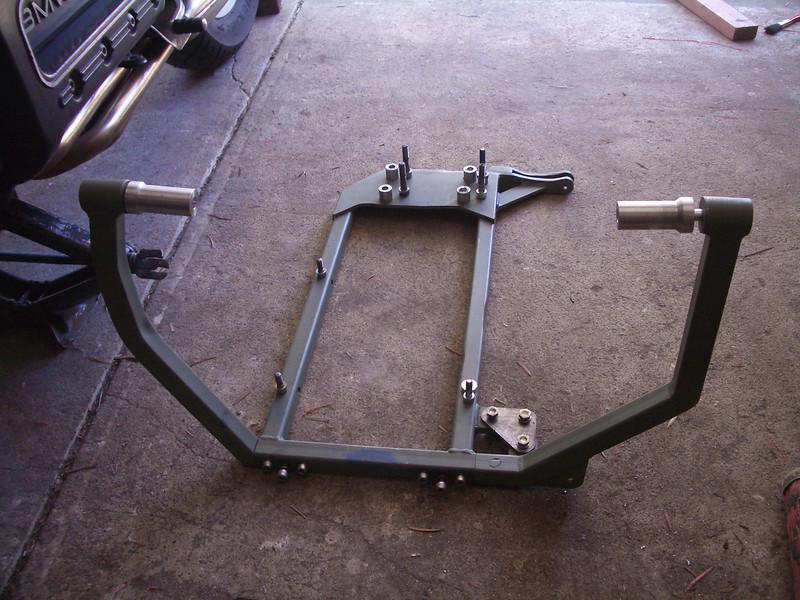 Sub-frame for the 84 model and DJP Subfra10