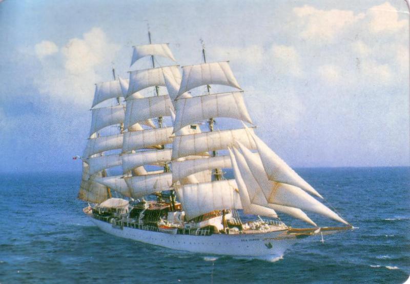 Je ne connais pas le nom de ce voilier Scan1010
