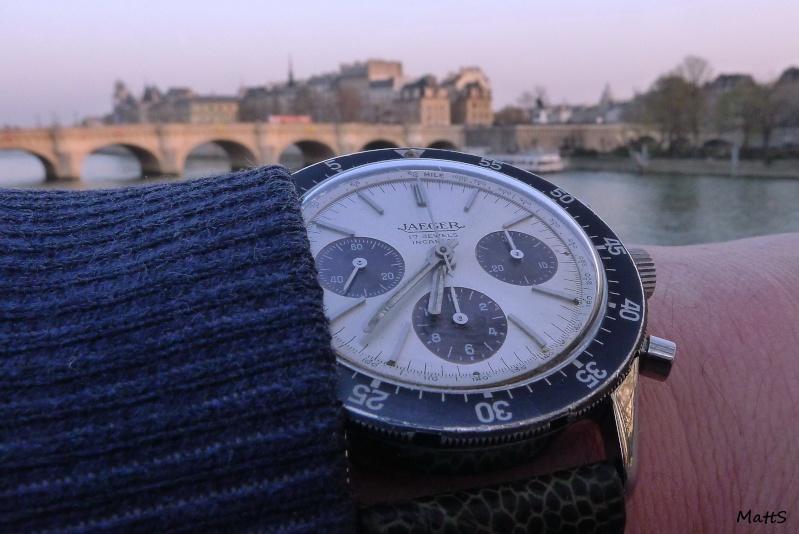 Des montres dans la ville Jlcwpo10