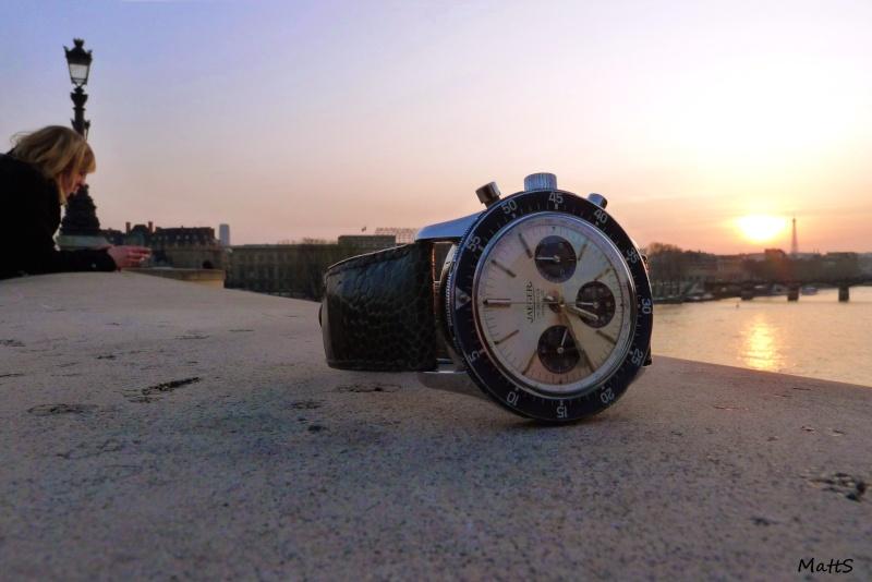 Des montres dans la ville Jlssei10