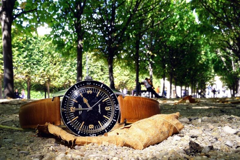 Des montres dans la ville Naut4210