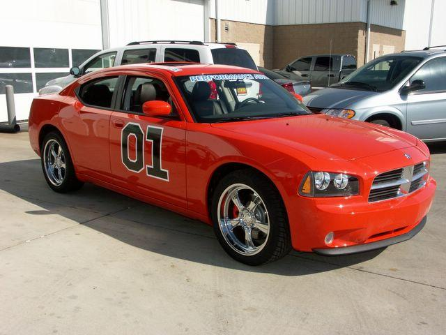 E.T.R. et sa Dodge Charger SRT-8 Super Bee 2009 - Page 2 Genera10