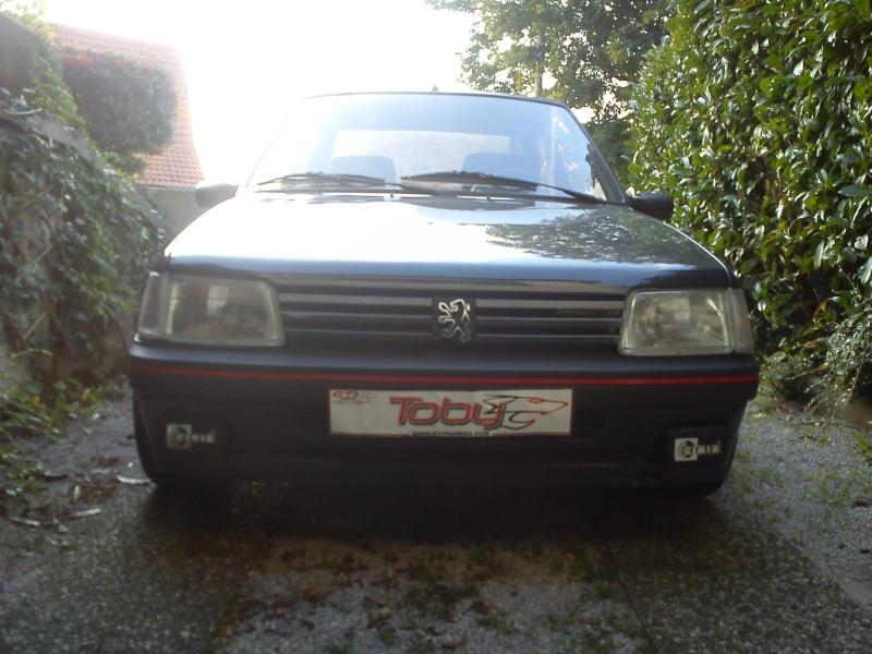 [AutoRétro-63]  205 GTI 1L9 - 1900cc rouge vallelunga - 1990 - Page 4 Dsc00710
