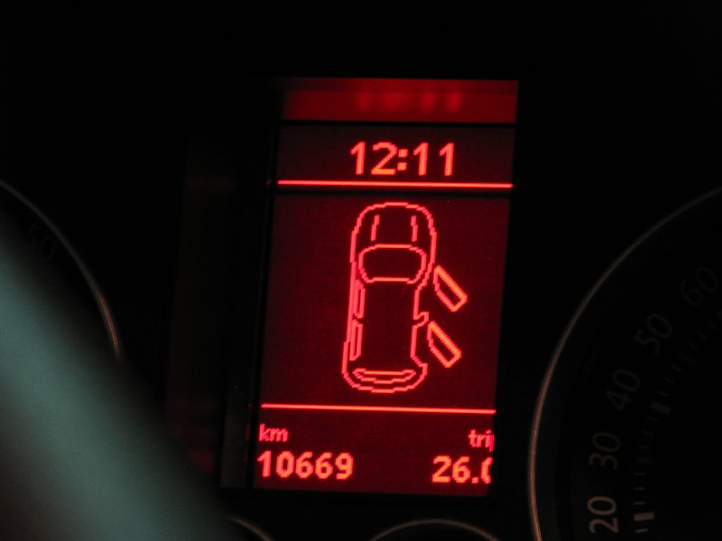 Rencontre au Mercedes-Benz Center de Rueil-Malmaison le 11 mars 2012. Img_4728