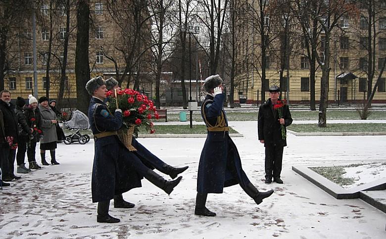 Moscou - 79ème Anniversaire de l'arrivée des français 1010