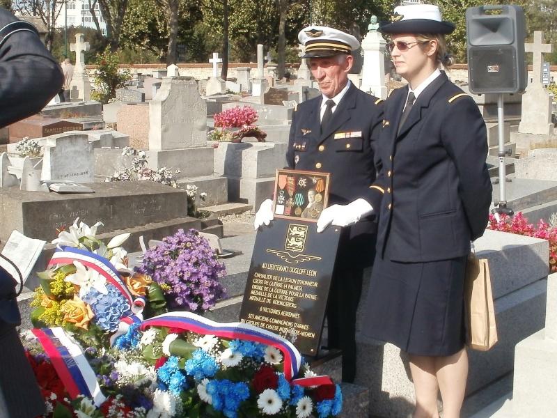 Nouvelle plaque sur la sépulture de Léon Ougloff Asnier12