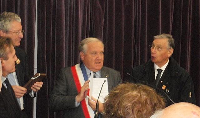 Exposition, Conférence et Inauguration au Pecq (78) en 2011 Nnpecq16