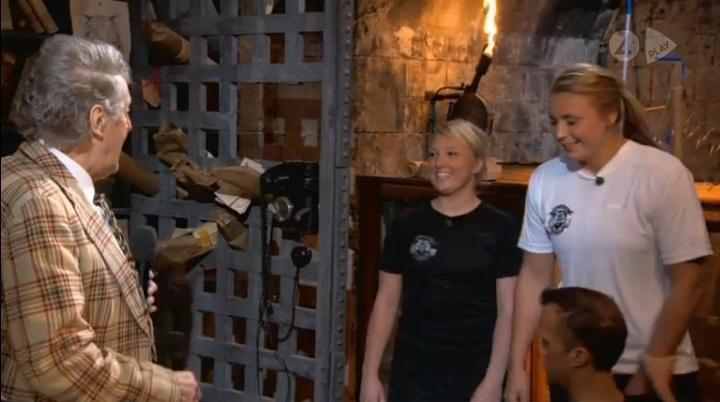 [Officiel] SUÈDE - Fångarna på fortet 2011 - Page 6 Antre_10