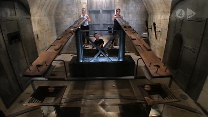 [Officiel] SUÈDE - Fångarna på fortet 2011 - Page 3 Boulet10