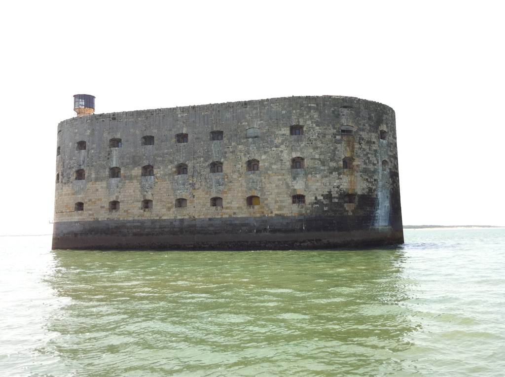 Tour du Fort Boyard en live par Fort-Boyard.fr (31/07/2011) Jr5ta10