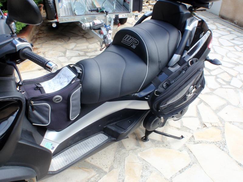 Sacoches cavalières Givi T438N pour nos scooters 3 roues P7230110