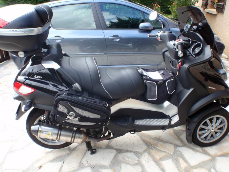 Sacoches cavalières Givi T438N pour nos scooters 3 roues P7230111