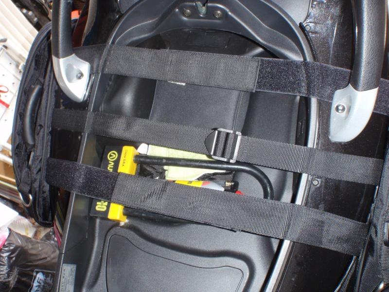 Sacoches cavalières Givi T438N pour nos scooters 3 roues P7240110