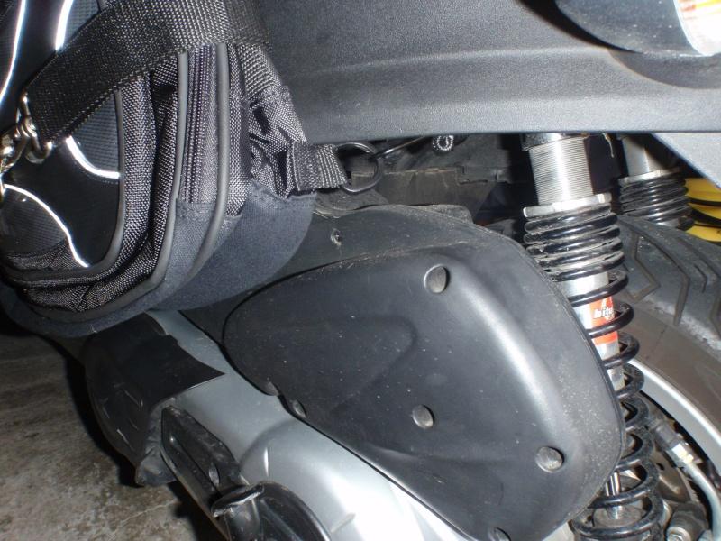 Sacoches cavalières Givi T438N pour nos scooters 3 roues P7240111