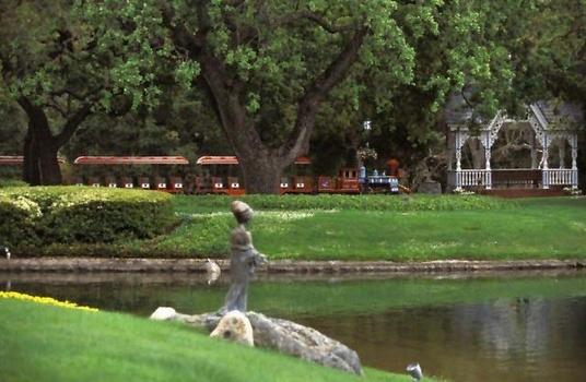 Neverland Valley Ranch - Pagina 4 Bggugy10