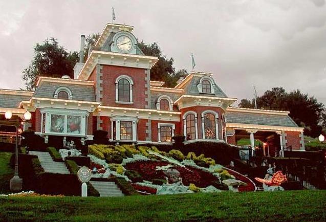 Neverland Valley Ranch - Pagina 4 Bjkij10