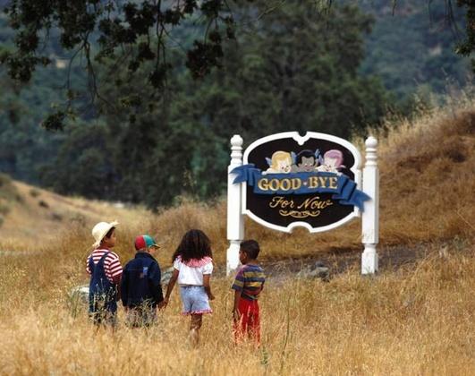 Neverland Valley Ranch - Pagina 2 Hjggfj10