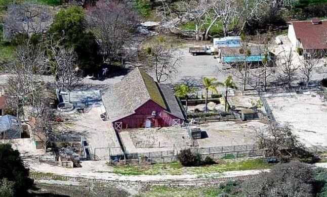 Neverland Valley Ranch - Pagina 4 Kmm10