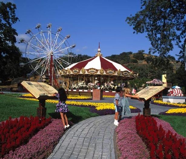Neverland Valley Ranch - Pagina 4 Nkjnji11