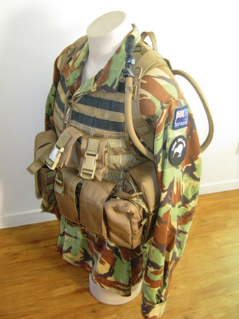 NZDF issue coyote brown molle Gyrorh11