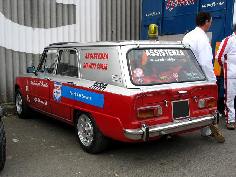 Les vehicules assistance  Alfa_r12