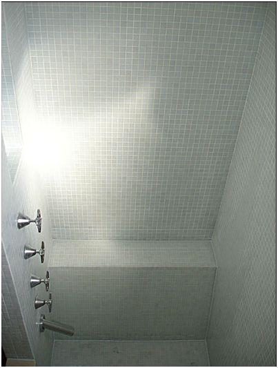 deux salles de bain refaire en mosaque blanche help please