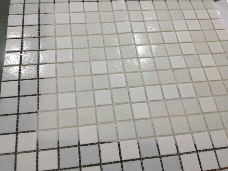 deux salles de bain à refaire, en mosaïque blanche, HELP please! Photo_16
